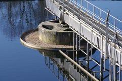 Abwasserbehandlung-Anlage stockfotografie