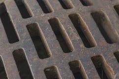 Abwasserkanal-Gitter-Abschluss herauf Muster Lizenzfreie Stockbilder