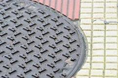 Abwasserkanal naß Stockbilder
