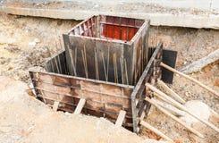 Abwasserkanalinstallation in der Stadt Lizenzfreies Stockbild