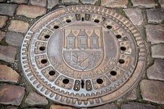 Abwasserkanalluke in Prag Lizenzfreie Stockfotos