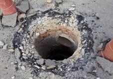 Abwasserkanalmund beschädigt Lizenzfreies Stockbild
