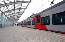 Abweichen des ` Schwalbe ` Zugs vom Moskau-Zentralring Lizenzfreie Stockfotografie