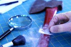 Abwischen für Fingerabdrücke Stockfoto
