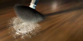 Abwischen für Fingerabdrücke auf Holz Lizenzfreies Stockfoto