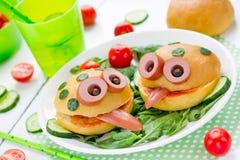 Żaby kanapka - kreatywnie pomysł dla dzieciaków je lunch obraz stock