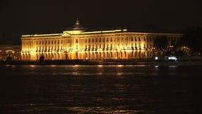 Academia de St Petersburg de arte noche 4K almacen de metraje de vídeo