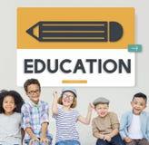 Academics do estudo da educação do lápis que aprendem o conceito gráfico imagem de stock royalty free