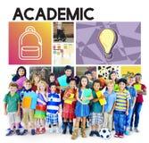 Academisch Onderwijs die Bestuderend Grafisch Concept leren stock foto