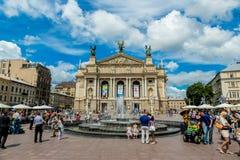 Academisch Opera en Ballettheater in Lviv, de Oekraïne Stock Foto's