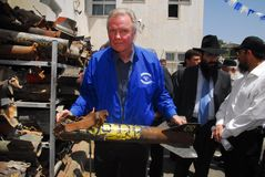 Academy Award-winning actor Jonathan Voight visit to Sderot Isra. SDEROT,ISR - MAY 13 2008:Academy Award-winning actor Jonathan Voight visit to Sderot.The non Royalty Free Stock Image
