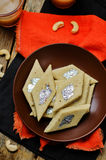 Acajoubaumfudge Kaju Katli Indische Bonbons Stockfotos