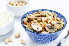 Acajoubaumkohl mit Pilzen Stockbilder