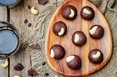 Acajoubaumschokoladenbälle der schwarzen Bohnen Lizenzfreie Stockfotografie