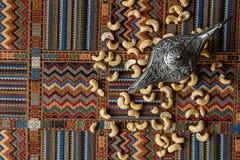 Acajounüsse auf einem Teppich Lizenzfreie Stockfotografie