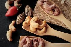 Acajounüsse sind mit Salz gebratenes köstliches Lizenzfreie Stockfotografie
