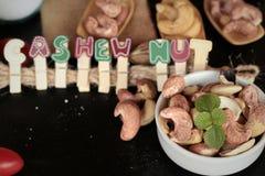 Acajounüsse sind mit Salz gebratenes köstliches Lizenzfreie Stockfotos