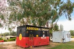 Acampamento abor?gene do protesto fora da casa velha territ?rio capital de Canberra do parlamento, Austr?lia, ATO, Austr?lia fotos de stock