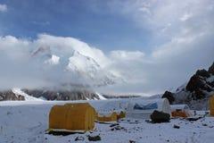 Acampamento base de Quirguizistão - de Khan Tengri Fotos de Stock Royalty Free