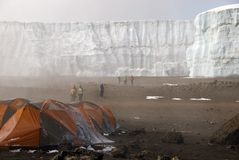 Acampamento da cratera de Kilimanjaro Foto de Stock Royalty Free