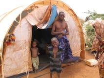 Acampamento de refugiado da fome de Somália Imagens de Stock Royalty Free