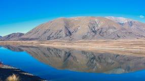 Acampamento do lago no distrito dos lagos Ashburton, ilha sul, Nova Zelândia fotografia de stock