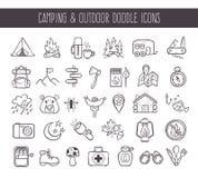 Acampamento e ícones exteriores da garatuja da recreação ilustração royalty free