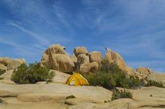 Acampamento em Joshua Tree National Park Fotos de Stock