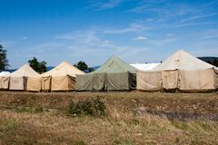Acampamento militar da barraca foto de stock