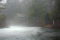 Acampamentos no lago Imagem de Stock Royalty Free