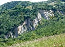 Acantilado de Apennine, Apennines Monte Codruzzo (FC), Italia imagen de archivo