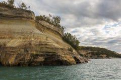 Acantilado del superior de lago fotos de archivo libres de regalías