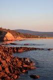 Acantilado el madrugada Foto de archivo libre de regalías