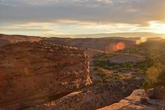 Acantilado en la puesta del sol Fotos de archivo