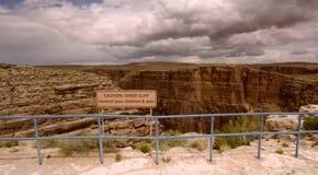 Acantilado escarpado Imagenes de archivo