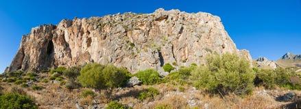 Acantilado siciliano. Fotografía de archivo