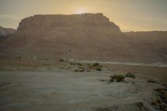 Acantilado y fortaleza de Masada imagen de archivo libre de regalías