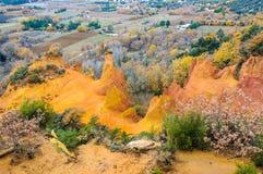 Acantilados coloridos en francés Colorado, Provence, Francia fotos de archivo