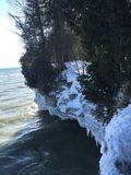 Acantilados del lago Michigan en invierno Fotografía de archivo libre de regalías
