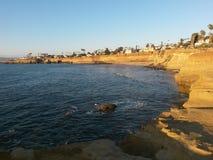 Acantilados en San Diego fotos de archivo