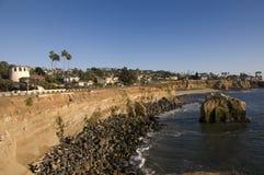 Acantilados en San Diego en la puesta del sol fotos de archivo libres de regalías