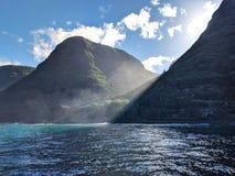 Acantilados hawaianos foto de archivo