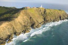 Acantilados por la costa Foto de archivo libre de regalías