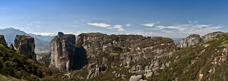 Acantilados y monasterios de Meteora Fotos de archivo libres de regalías