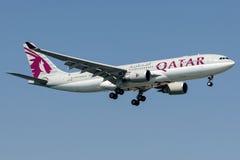 A7-ACB卡塔尔航空,空中客车A330 - 300 库存图片