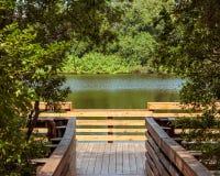 Accès de pilier de lac Image stock