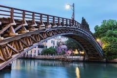 Accademia-Brücke auf Grand Canal in Venedig Lizenzfreie Stockfotos