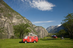 Accampandosi a Eidfjord fotografia stock libera da diritti