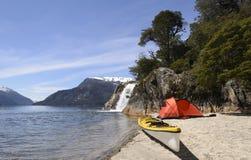 Accampandosi nel Patagonia fotografie stock libere da diritti
