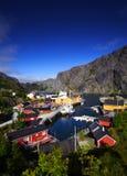 Acceso de la aldea de Lofoten Fotografía de archivo libre de regalías